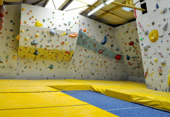 carpatic_climbing-gym-bouldering