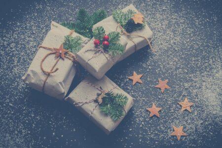 Ce cadouri sa oferi in functie de limbajul iubirii relatiei voastre