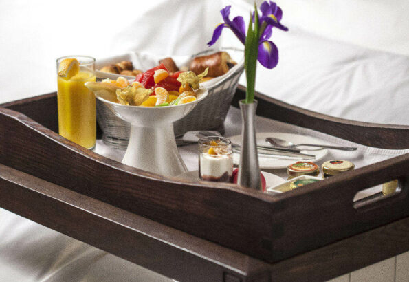 hotel-epoque_mic-dejun