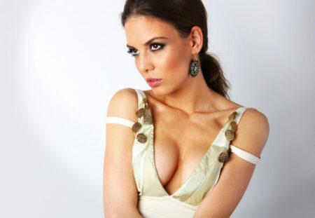 cadou Diva Look: coafat, make-up si o sedinta foto - complice.ro