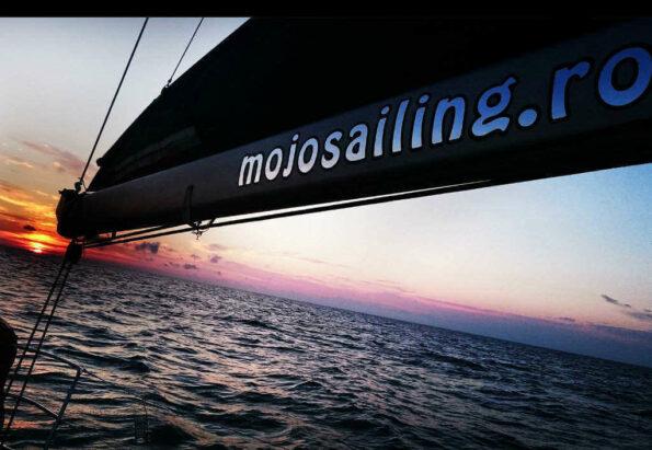 rsz_mojo_sailing_3
