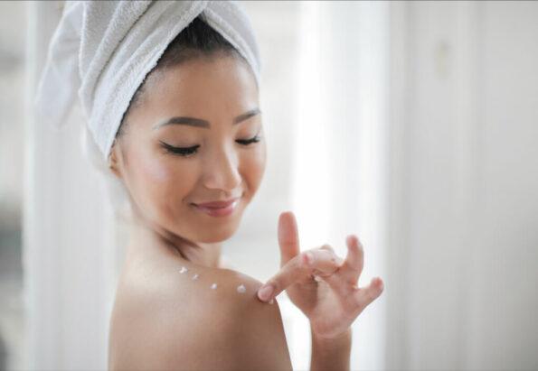 Private beauty online cu Adina Necula