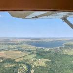 Zbor cu avionul de acrobatii deasupra litoralului (1)